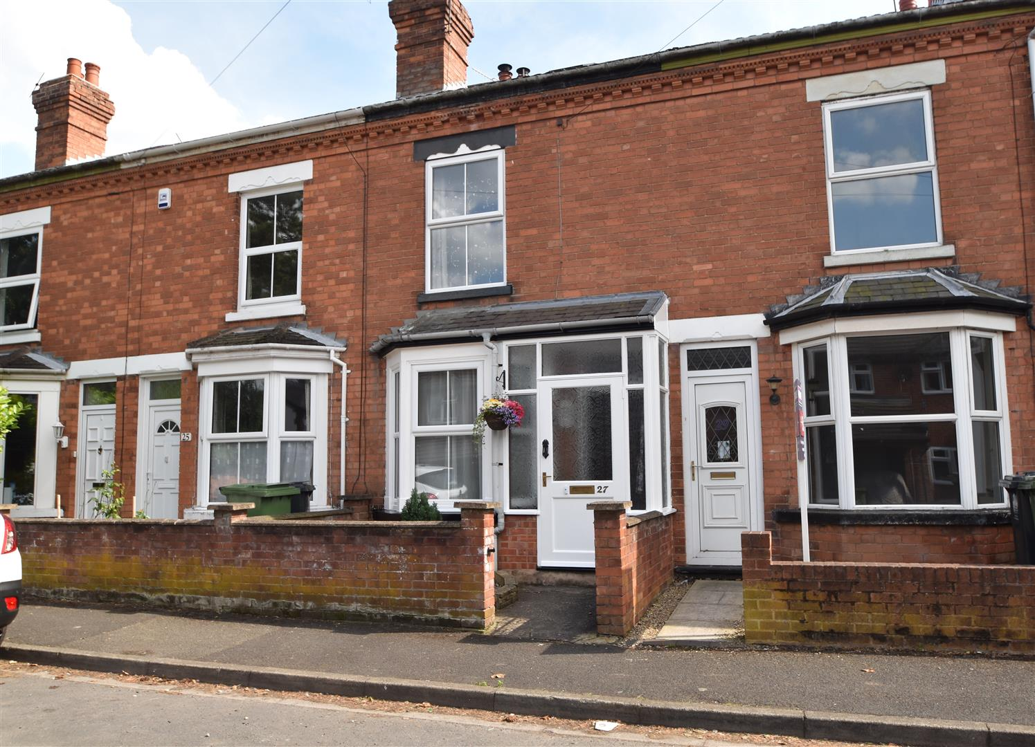 3 Bedrooms Property for sale in Church Road, Worcester